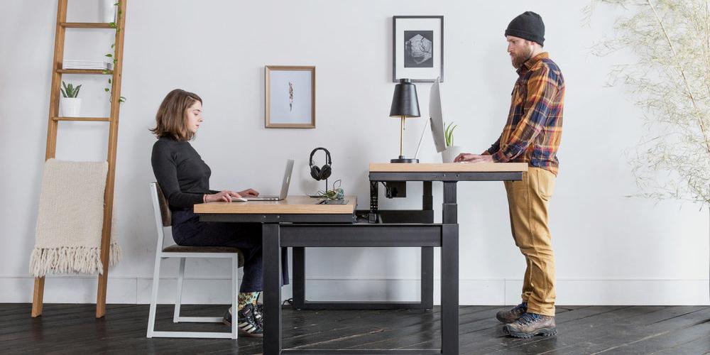 روش صحیح نشستن پشت میز